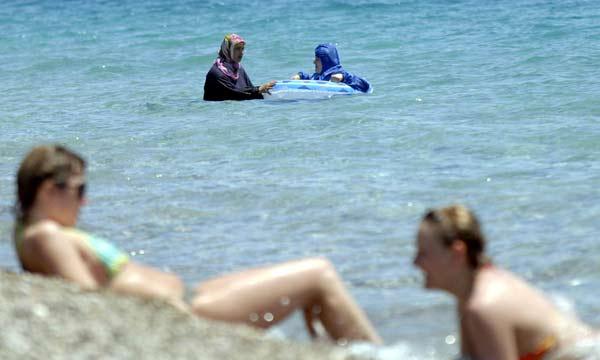 Yurdum insanı plajda 33