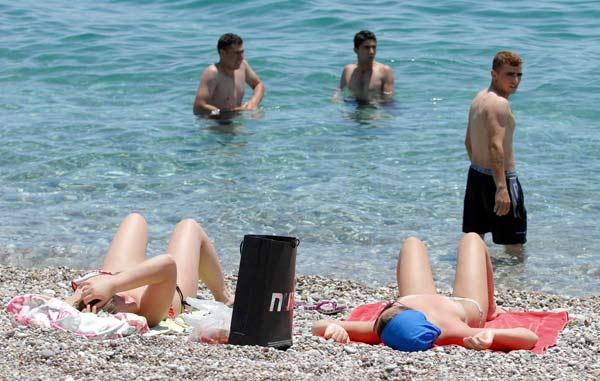 Yurdum insanı plajda 35