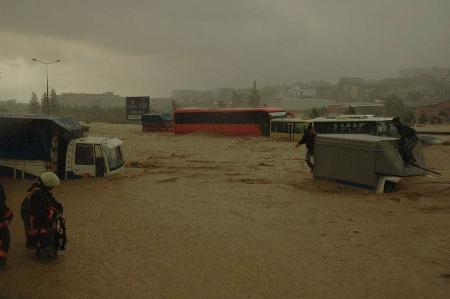 İstanbul'da sel kurbanlarının sayısı artıyor 10