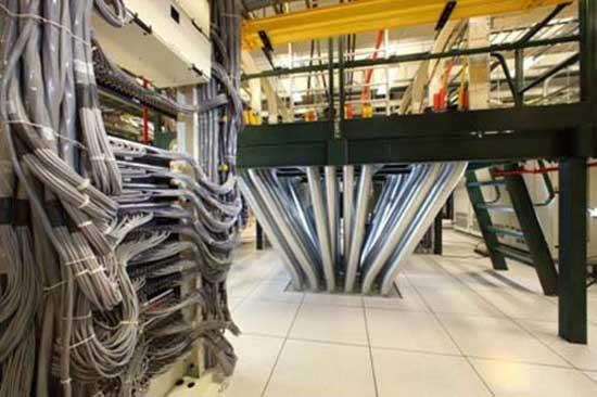 Dünyaya bu kablolarla bağlanıyoruz 12