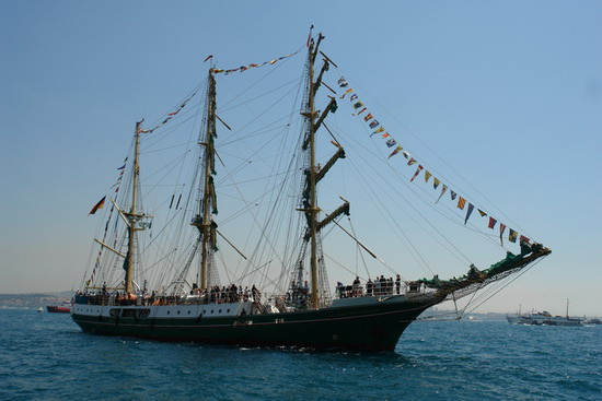 Boylu Soylu yelkenler İstanbul'da 7