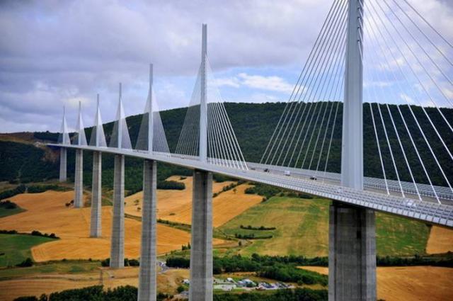 İşte dünyanın en sıradışı köprü tasarımları 5