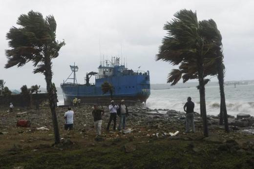 6 gemi Panama'da karaya oturdu 7