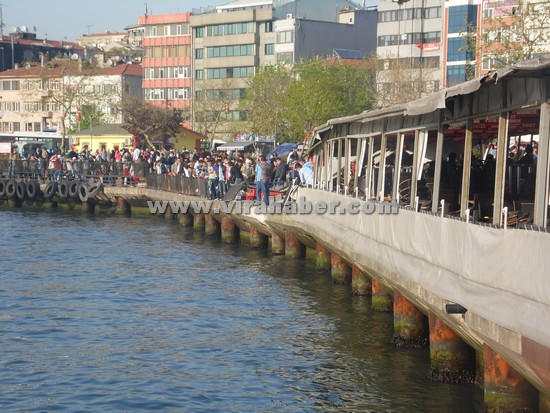Kadıköy'de can pazarı yaşandı! 35