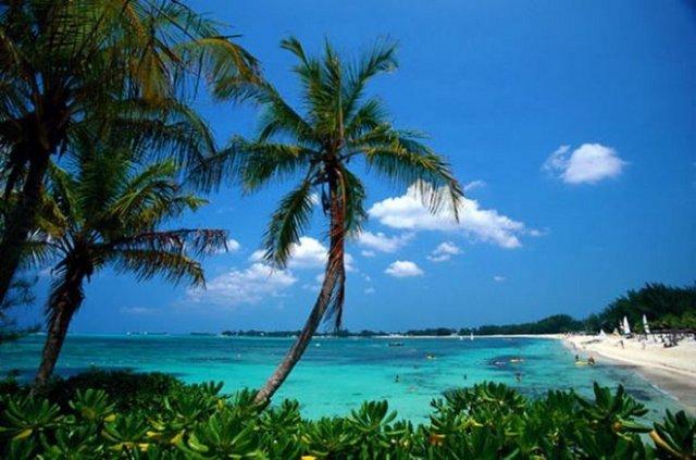 Okyanusu 3 renge ayıran Eleuthera adası 3