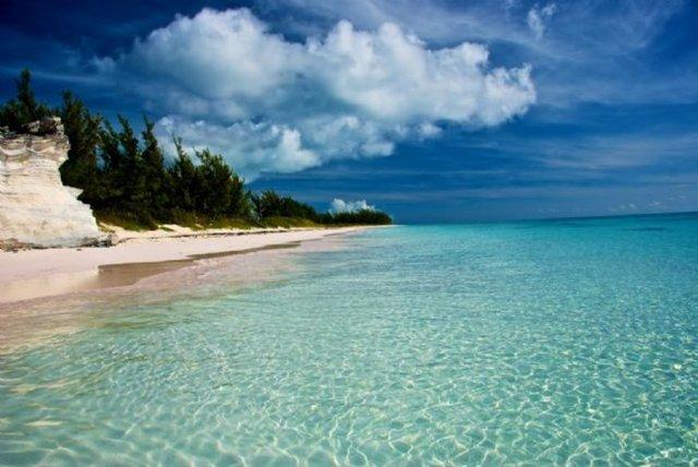 Okyanusu 3 renge ayıran Eleuthera adası 4