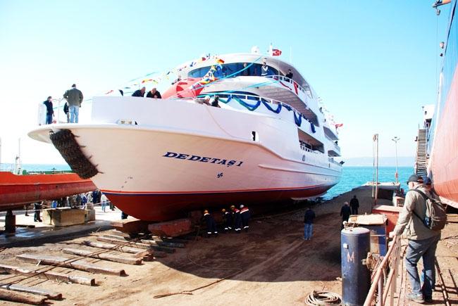 Dentur Avrasya, Dedetaş-1'i denize indirdi 2