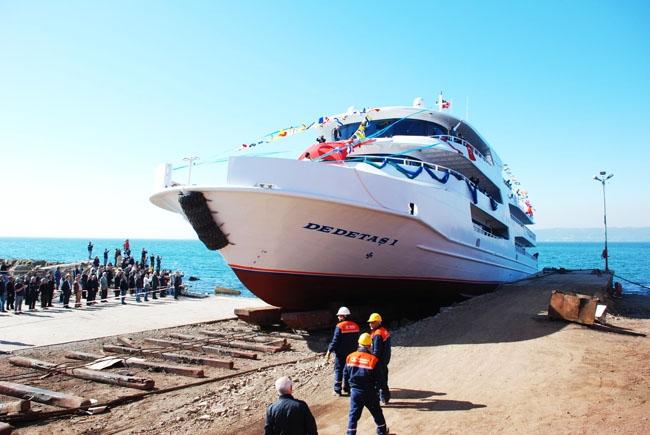 Dentur Avrasya, Dedetaş-1'i denize indirdi 3