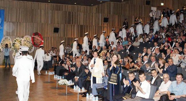 PRÜ, ilk mezunlarını dünya denizlerine armağan etti 1