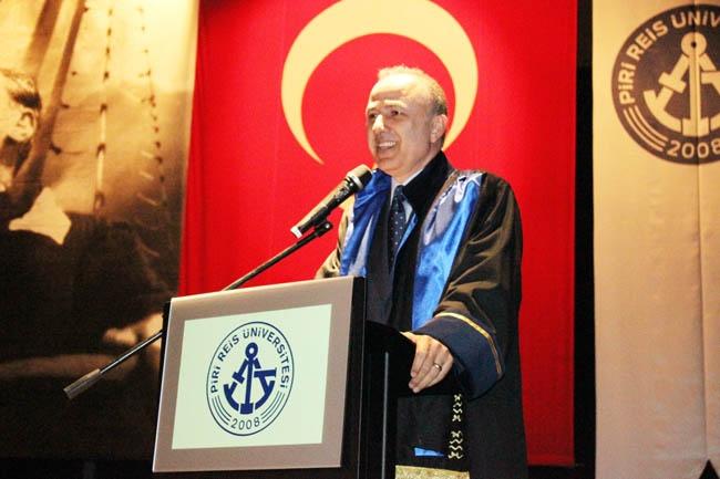 PRÜ, ilk mezunlarını dünya denizlerine armağan etti 12