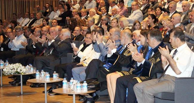 PRÜ, ilk mezunlarını dünya denizlerine armağan etti 13
