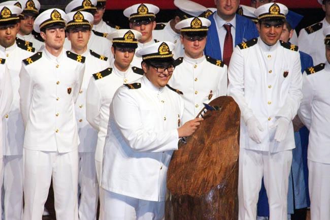 PRÜ, ilk mezunlarını dünya denizlerine armağan etti 40