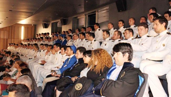 PRÜ, ilk mezunlarını dünya denizlerine armağan etti 6