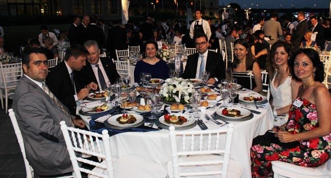 Sektör, Gemi Brokerleri Derneği yemeğinde buluştu 9