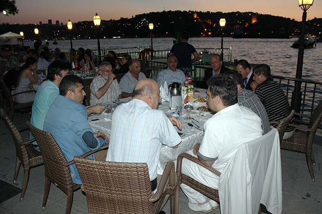 Dentur Avrasya'nın iftar yemeğinde deniz ulaşımı bir araya geldi 2