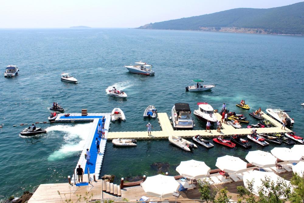 Jet-ski tutkunları Marmara'da buluştu 9