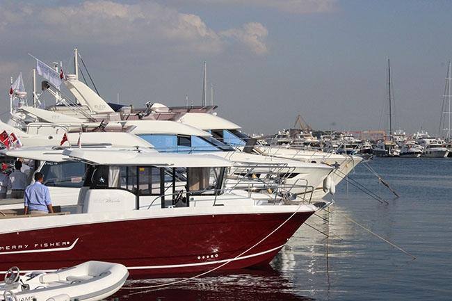 İstanbul Boatshow hız kesmeden devam ediyor 31
