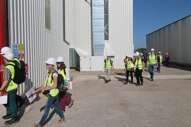 Belçikalı gemi inşa öğrencileri Özata Tersanesi'ni ziyaret etti 8