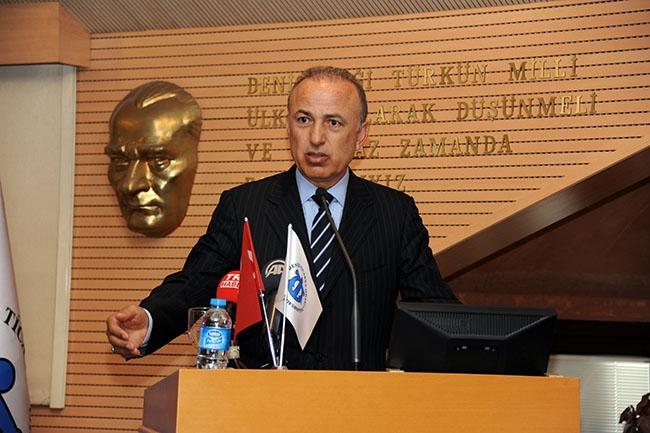Lütfi Elvan DTO toplantısına katıldı 6