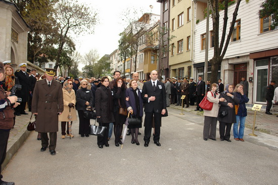 Varol Atalay son yolculuğuna uğurlandı 25