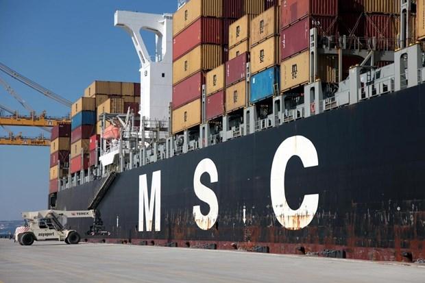 Asyaport'a ilk gemi yanaştı 3