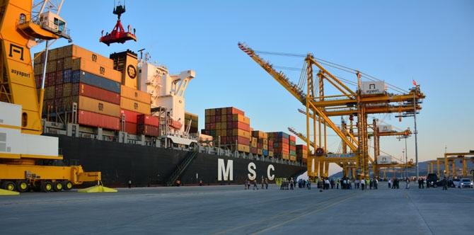 Asyaport'a ilk gemi yanaştı 33