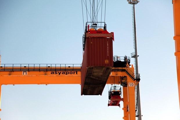 Asyaport'a ilk gemi yanaştı 7