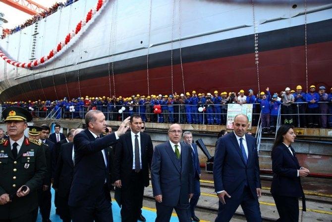 TCG Bayraktar denize indi 5