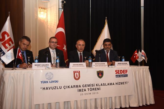 Türkiye'nin en büyük askeri gemisi için imzalar atıldı 11