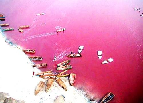 Masal diyarlarının gölleri 1