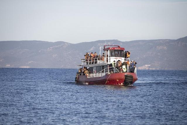 Karaya ulaşan sığınmacıların mutlu sonu 1