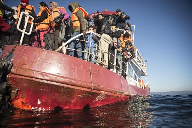 Karaya ulaşan sığınmacıların mutlu sonu 12