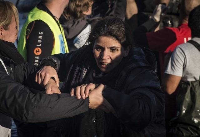 Karaya ulaşan sığınmacıların mutlu sonu 14