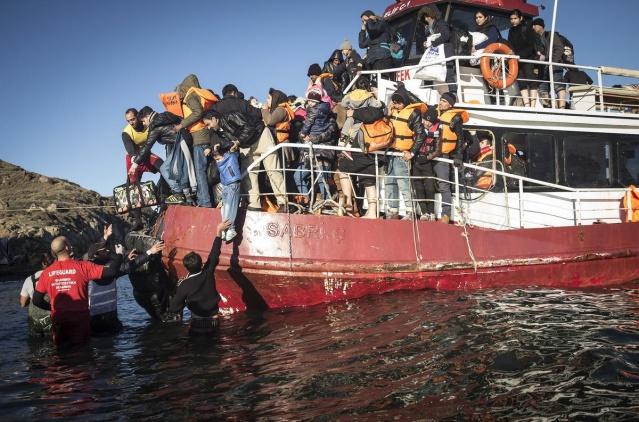 Karaya ulaşan sığınmacıların mutlu sonu 16