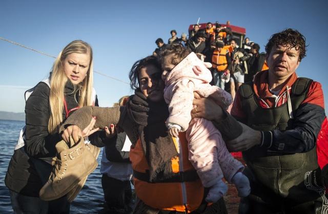 Karaya ulaşan sığınmacıların mutlu sonu 17