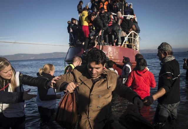 Karaya ulaşan sığınmacıların mutlu sonu 20