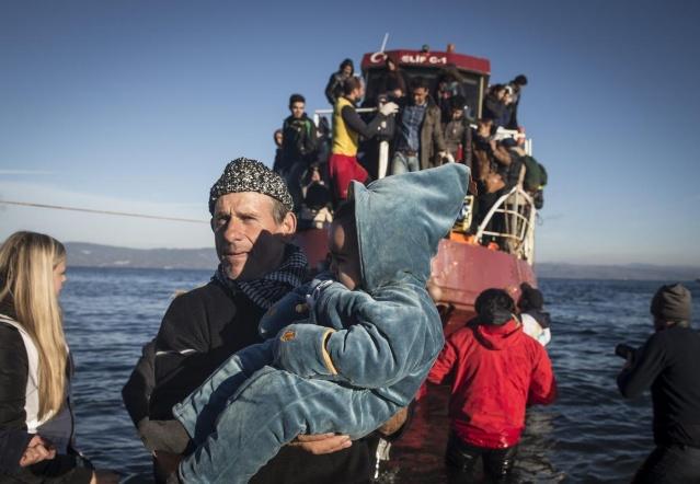 Karaya ulaşan sığınmacıların mutlu sonu 22