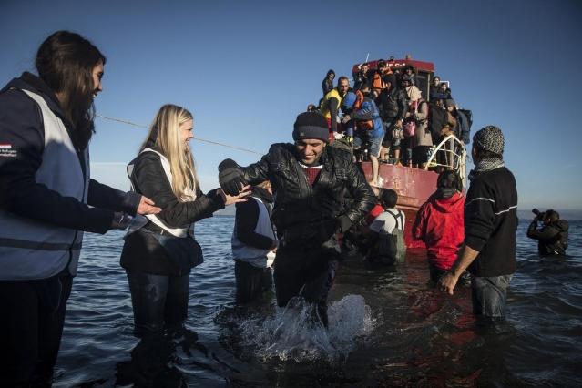 Karaya ulaşan sığınmacıların mutlu sonu 23