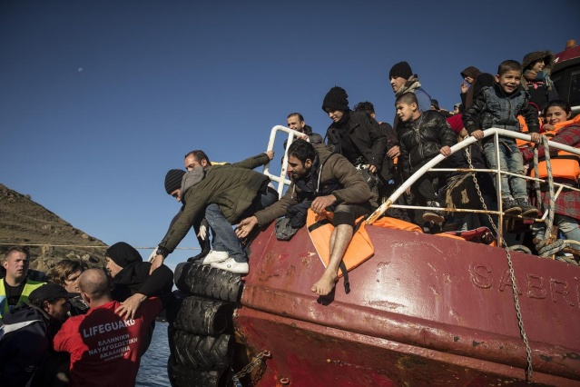Karaya ulaşan sığınmacıların mutlu sonu 30