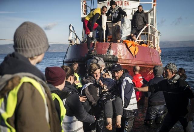 Karaya ulaşan sığınmacıların mutlu sonu 36