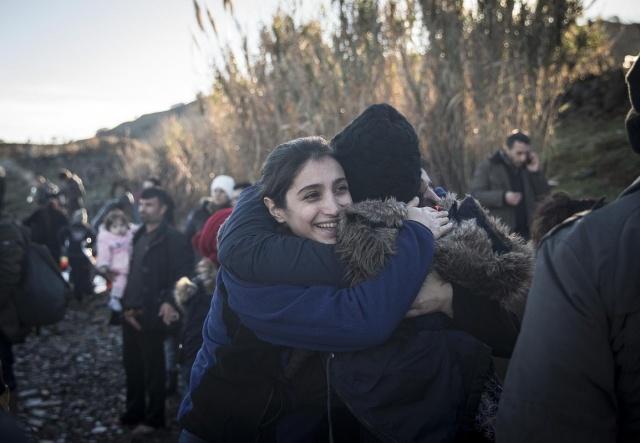 Karaya ulaşan sığınmacıların mutlu sonu 37