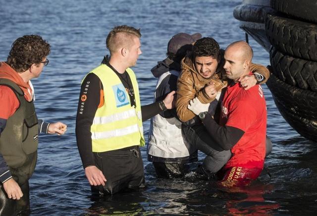 Karaya ulaşan sığınmacıların mutlu sonu 4