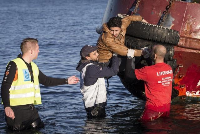 Karaya ulaşan sığınmacıların mutlu sonu 5