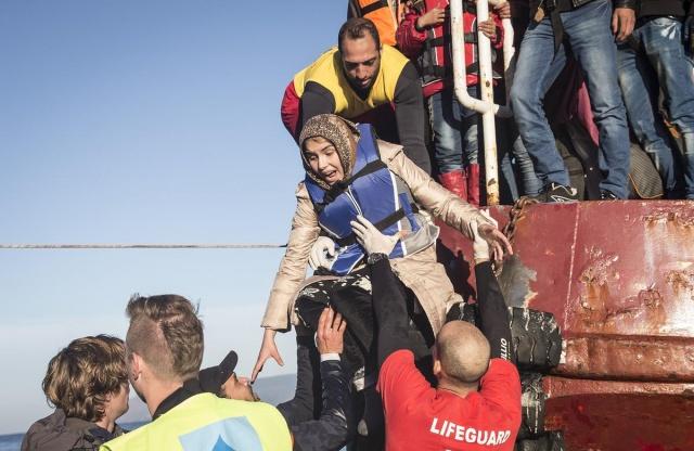 Karaya ulaşan sığınmacıların mutlu sonu 8