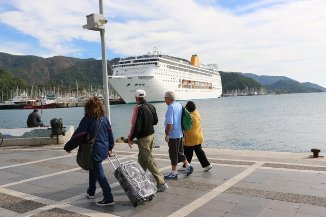 "Dev kruvaziyer ""Costa Riviera"" Marmaris'te 3"