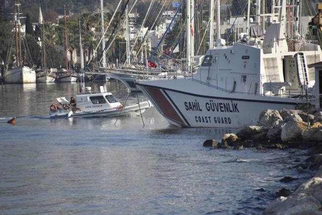 Mülteci teknesi battı: 4 ölü 9