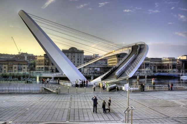 Mühendislik harikası köprü 4