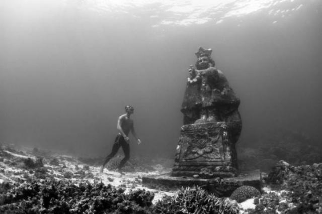Büyüleyici sualtı heykelleri 7