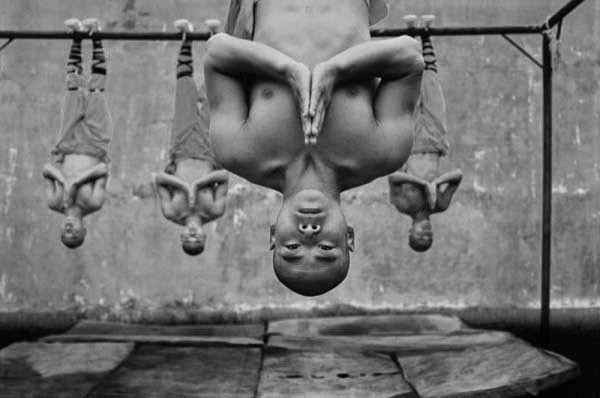 Shaolin rahiplerinin sıra dışı antrenmanı 4