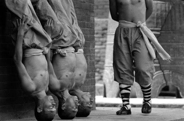 Shaolin rahiplerinin sıra dışı antrenmanı 7